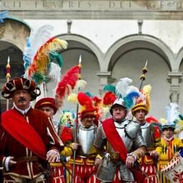 Comemoração Dupla de Reveillon em Pisa e Florença