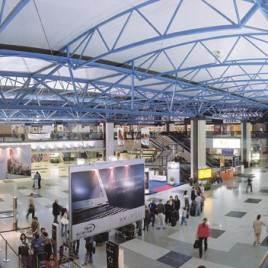 Chegando e Saindo de Curitiba: Aeroporto e Rodoferroviária